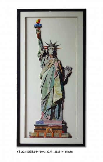 the Statue of Liberty decor